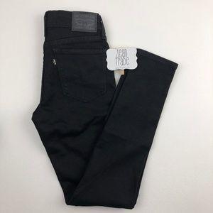 NWOT Levi's 711 Black Skinny Jean 26x29